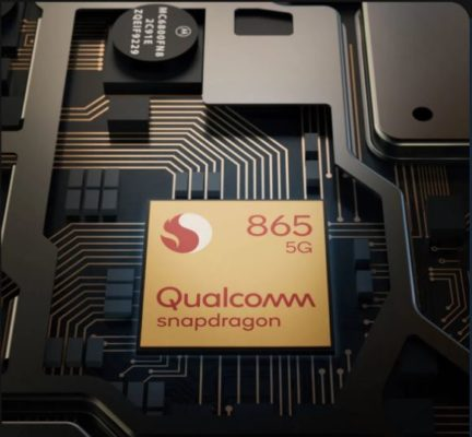 The Edge Plus variant of Motorola 5G smartphone has the Qualcomm® Snapdragon™ 865 Mobile Platform which is the world's fastest with an AI engine.